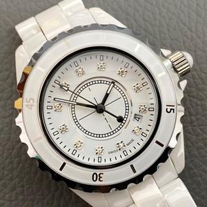 Luxus-Frauen-Uhr-2019 Lady White Black Ceramic 33mm Uhrqualitäts Jpan-Quarz-Armbanduhr für UNTITLED Frauen Uhren 612