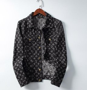 2019 Marca de alta Qualidade Denim Jacket Men Top Designer de Luxo Corta-vento Moda Monograma Padrão de Impressão Jean Casaco Mens Roupas de Inverno