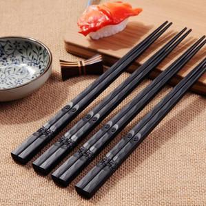 1 par de palillos japoneses Aleación antideslizante Sushi Palitos de comida Chop Sticks Regalo chino palillos japoneses palillos reutilizables 18Oct