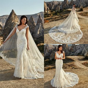 Sexy Mermaid Wedding Dresses Sweetheart Sleeveless Backless Full Appliqued Lace Boho Bridal Dress Sweep Train Ruched Tulle Bridal Gown Cheap