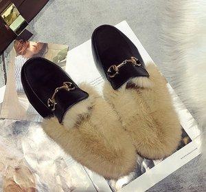 Tasarımcı-OU Kürk Tüy Moda Rahat Ayakkabı Yeni Geliş Tasarımcı Kadınlar Hayvan Terlik 3colors