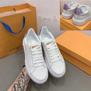 L et V originale Chaussures Mode Classique Femmes 2020 Nouvelle lettre à chaud véritable peau de vache en cuir blanc embosser plateforme Spots Casual Chaussures de sport