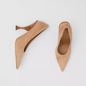 2020Top quality!The new pointed heels 35 39 are made of tanned Italian suede with a three-dimensional heel design