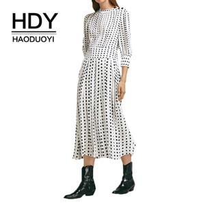 HDY Haoduoyi 2019 Nueva Primavera Cuello Redondo Manga Larga Sólido Blanco Gasa Vestido suelto Mujeres Casual Vestidos de Fiesta en la Playa
