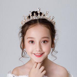 Frozen Princesse Crystal Crown strass Diadèmes alliage Coiffe de mariée à la main Accessoires cheveux Artisanat enfants Couronne femmes Garland