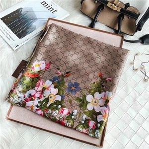 Hermosa clásica de alta calidad carta clásico seda de la marca de lujo caliente del estilo europeo y americano bufanda elegante abrigo de señora bufanda ninguna caja