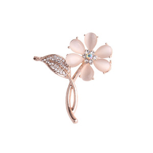 Wholesale 10 pcs Trendy Rose Gold Plated Leaf Flower with Rhinestone Brooch for Anniversary Gift Jewelry