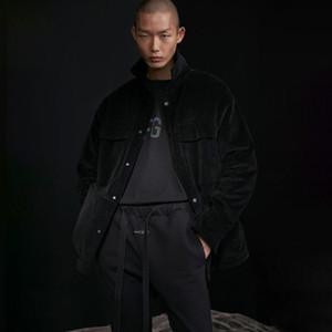 Новый черный 20SS Последние хип-хоп Крупногабаритные Streetwear куртки осень Бархатные бомбардировщика пальто