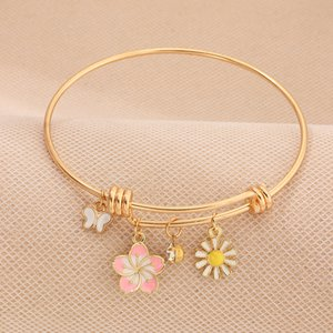Rhinestone Pink Flower Small Daisies Butterfly Pendant Bangle for Women Gold Color Charm Bracelet Female 2020 Fashion Jewelry