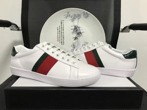 Les abeilles de haute qualité brodé Chaussures Designer Hommes Femmes ACE véritable Chaussures de sport en cuir blanc homme Chaussures Casual New meilleur cadeau 35-46