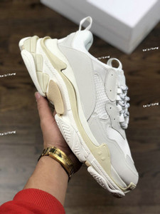 2021 Высококачественные моды Triple S Низкий старый папа кроссовки повседневные туфли для мужчин Женщины Увеличение обувь Большой размер белый 35-45
