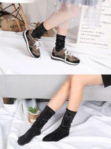 Vintage Velvet Calze Donna Inverno Medio elastica lunga Mucchio Mucchio calzini femmine Una modo di formato Sock