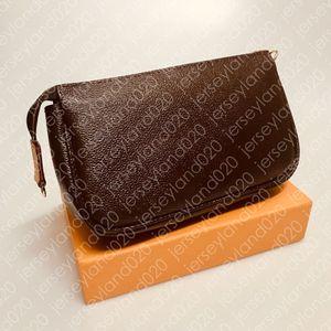 MINI POCHETTE ACCESSOIRES M51980 여성 디자이너 패션 클러치 저녁 소형 핸드백 작은 호화스러운 숄더 핸드백 전화 지갑 캔버스