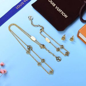 Europe America Fashion Jewelry Sets Lady Women Hollow out Four Leaf Flower V Initials 18K Gold 3 Color Diamond Necklace Bracelet Earrings