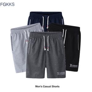 FGKKS Marca de Moda Shorts dos homens 2018 Primavera Verão Masculino Sweatpants Workout Musculação de Fitness Homem Moda Shorts