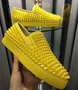 2019 nouvelles chaussures clouées haut de gamme design de luxe de chaussures de sport rouge femmes hommes chaussures bas-top sneakers, fond cuir souple, véritable: 35-47