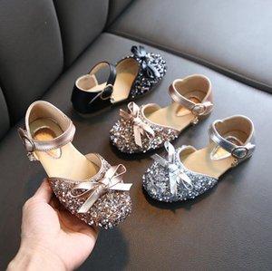 Kızlar Sandalet Deri Yaz Moda Pullarda Bebek Kız Papyon Çocuk Prenses Shoes Yumuşak Alt Çocuk Dance Shoes