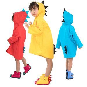 Çocuk Yağmurluk Şeffaf Ağız Yağmur Pelerin Karikatür Dinozorlar Ayak Üzerinde GüzelRaincoats Çeşitli Renkler Ile Tek Kullanımlık 18 5qh J1