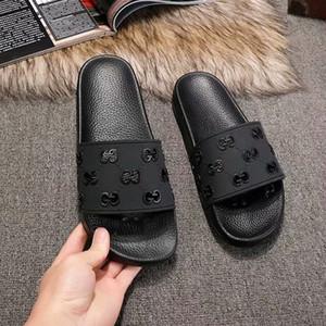 Pré-Automne 2020 femmes découpées sandales de caoutchouc glissière taille de piscine appartements des filles Mulets l'euro 35-45