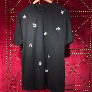 Frauen T-shirt Mode Kurzarm Biene Stickerei Muster Runde Kragen T-Shirt Tops T-Shirts Männliche T-Shirts