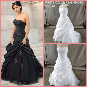 Black Gothic A-line Wedding Dresses 2020 Strapless Taffeta Ruched Non White Vintage Corset Wedding Gowns Robe De Mariee bride dresses