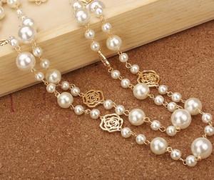 Lo stilista di lusso in stile classico cava rose eleganti multi colori brillanti perle collana di dichiarazione maglione lungo per la donna