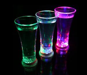 وصول جديد بقيادة نظارات، كوب ماء، نادي الإبداعية KTV السائل التعريفي عصير كأس ملون فلاش شرب كأس DHB677