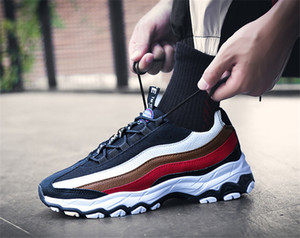 Sıcak Satış Yüksek Kalite 2020 bahar yeni erkek ayakkabıları eğilim gündelik spor ayakkabı deri sınır ötesi patlayıcı erkek koşu ayakkabıları üreticileri