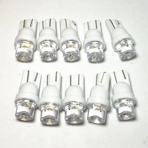 Bombilla 50piece T10 LED 12V 5W base de la cuña de luz de lámpara para el coche del tablero de instrumentos de marcador lateral Cúpula Rincón de lectura Placa