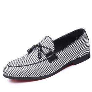 Mens Schuhe Casual Erwachsene Mokassins Modedesigner Luxus Driving Dress Social Men Loafers