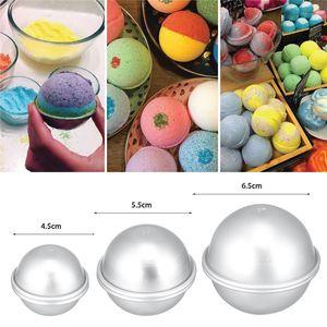 Presentes 2PCS rodada da liga de alumínio do banho bomba Moldes DIY Ferramenta Bath bomba Sal Bola caseiro Crafting Semicircunferência Sphere Mold