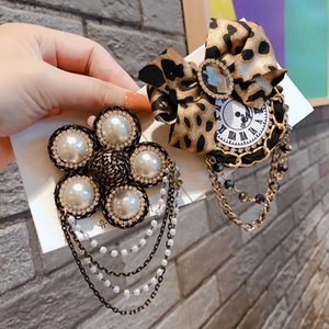 New Arrival Pearl Rhinestone Brooch Women Tassel Brooch Suit Lapel Pin Fashion Jewelry for Gift Party