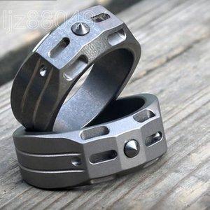 Titanium TC4 Anel de trítio 20mm / 22mm de Diâmetro Stonewashed Superfície com Tungsten Bead De Emergência Martelo EDC Defesa Pessoal Knuckle Duster