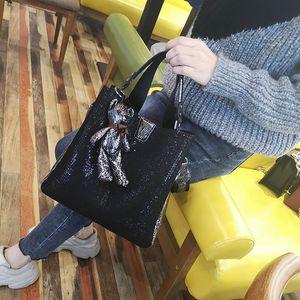 Bucket Bag Female 2020 New Korean Fashion Wild Mother-child Grid Cloth Bead Sequin Shoulder Diagonal Bag Tide Ladies Hand Bags