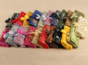 5 pcs par sac Portable Pliable Bijoux Voyage Sac De Rangement Roll Up Sac 3 Zipper Soie Brocade Poche Cordon