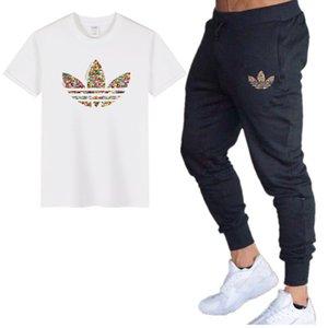2020 nuevos hombres de diseño camiseta del verano sets + pantalones dos piezas conjuntos casual para hombre de la camiseta Joggers flacos de gimnasios Hombres pantalón Set