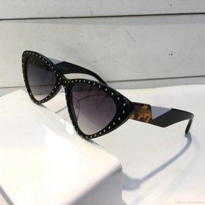Luxury 0323 Солнцезащитные очки для женщин Мода Дизайн Популярные Очаровательная кошачий глаз солнцезащитные очки верхнего качества Защита от ультрафиолетовых лучей солнцезащитные очки поставляются с пакетом