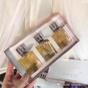 Frankreich Parfüm Set Frauen Parfüm langlebig reich und charmant Duft Außergewöhnliche Qualität faszinierendes Geschenk 30ml * 3 Schneller Versand