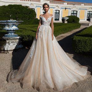 Эшли Кэрол Сексуальные V-образным вырезом с короткими рукавами Кружевные тюль Свадебные платья 2019 Роскошные платья невесты Свадебные платья Princess Palace Dream Dream