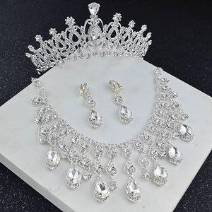 Vintage 2019 Crystal Silver Bridal Crown Collana orecchino Imposta gioielli da donna Accessori da sposa Imposta eventi formali Weardress