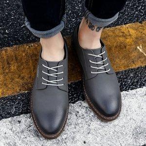 Scarpe da uomo di alta qualità Spring Fashion Casual a piedi scarpe scarpe casual da uomo cuoio dei nuovi uomini di svago Calzatura uomo Marca *
