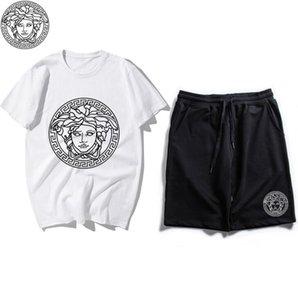 2020 neue Buchstaben Herren T-Shirt Top + kurze Europa-T-Shirts Mode Männer Frauen-T-Shirt beiläufiger Cotton Tee Top Hochwertiges Outfit q7 drucken