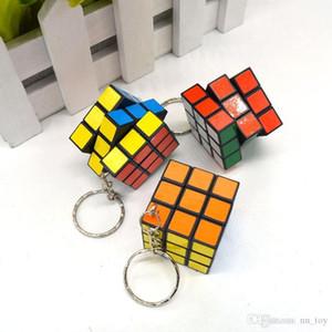 3x3x3cm Mini Magic Cube Puzzle Anahtarlık Sihirli Oyun sihirli Kare anahtarlık öğrenme eğitim oyun küp iyi Hediye oyuncaklar anahtarlıklar
