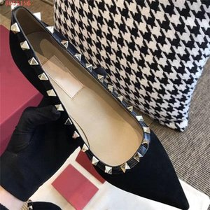 Womens classic fashionable rivet pointed high heels velvet stiletto business dress womens single shoes With original box