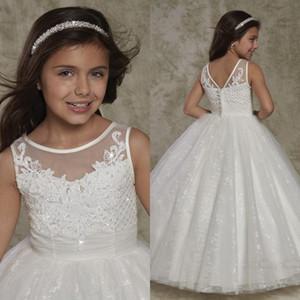 del 2020 Nuovo girocollo Backless Flower Girl abiti di pizzo Appliques Cute bambina del bambino abiti da principessa Button Abiti formali del nuovo Kid