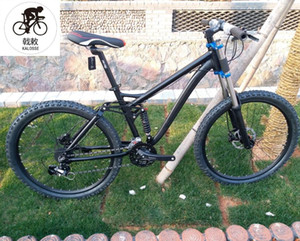 DIY 색상 유압 브레이크 새로운 자전거 서스펜션 산악 자전거 26er 산악 자전거 manwoman 자전거 24 속도