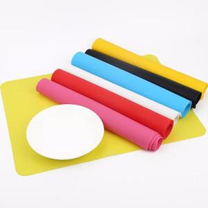 식품 학년 실리콘 매트 베이킹 라이너 실리콘 오븐 매트 단열 패드 오븐용 접시 아이 표 플레이스 장식 매트 과자 도구 DWC549