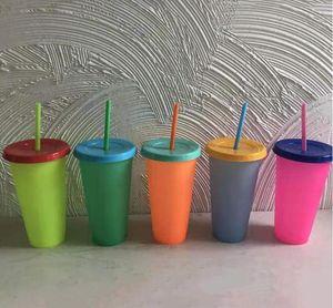 Cambio de color Vasos de bebidas alcohólicas Copa PP Material de plástico con tapa reutilizable Sensing caramelo colorea la botella de agua fría de la Copa de Verano DHA317