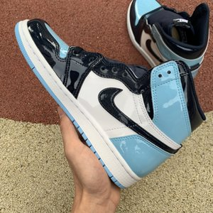 2020 Top Quality inJordan1 Retro Men Basketball Shoes UNC Patent Blue White Fearless Chicago sneakers trainers