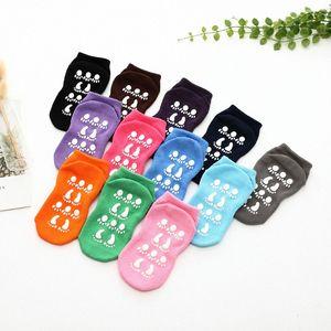 Respirável Anti Skip Socks Piso Socks Trampolim algodão Atividades Indoor For Kids Meninas Meninos Adultos Curto xSQF #
